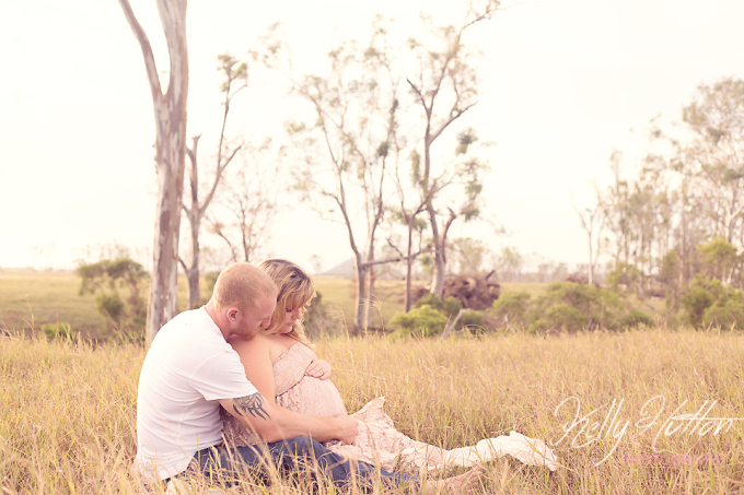Rockhampton Maternity Photographer ~ Louisa & Wade
