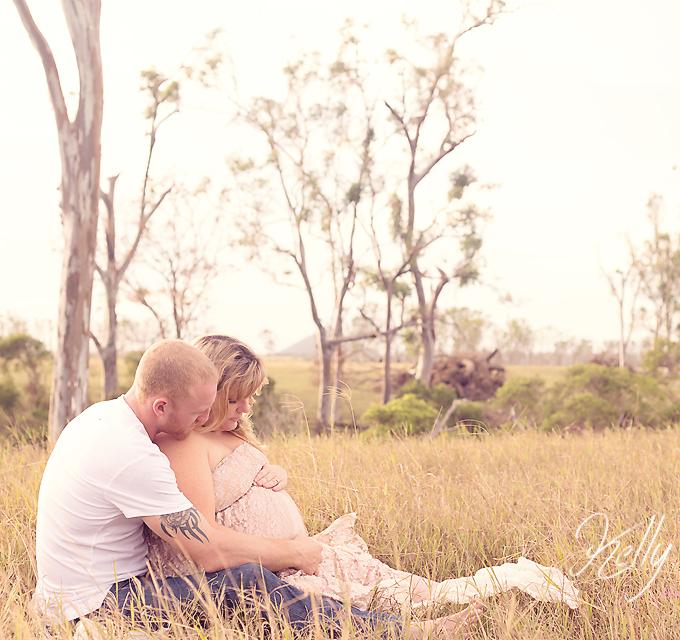 Rockhamptonphotographer_Maternity_Lou&Wade_5192 copy
